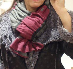 Schal in bordeaux, khaki, schwarz doppelt gestrickt, Blumen, sehr weich, angenehm, 100% Viskose, neuwertig