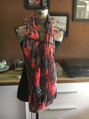 Schal in glänzenden Sommerfarben
