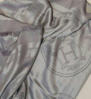 Schal in grau von Hermés