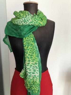 Schal in grün Leoparden Look