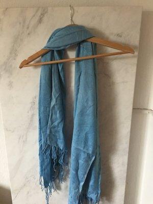 *Schal* in Hellblau für den Herbst