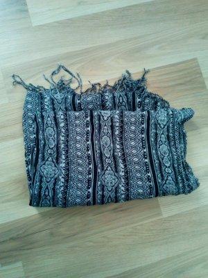 Schal in schwarz/weiß