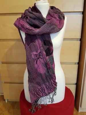 Schal lila mit Muster wie neu!