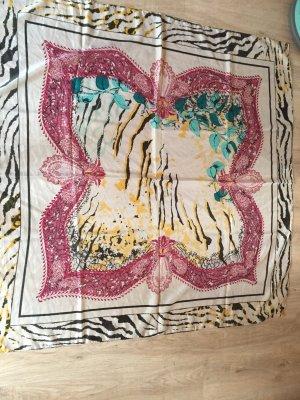 Schal mit ausgefallenem Muster