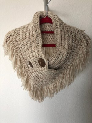 Schal mit Knöpfen