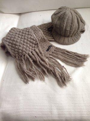 Schal & Mütze #taupe# der Marke Barts