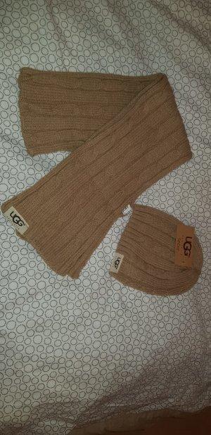 Schal&Mütze von UGG / NEU!