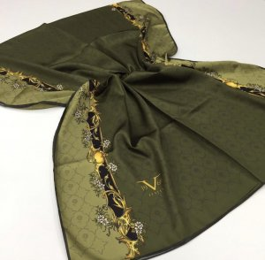 Écharpe en soie vert