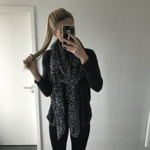 Schal / Tuch groß Totenköpfe