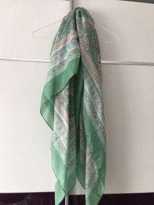 Schal/Tuch in mint mit Muster