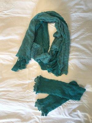 Écharpe en crochet bleu cadet