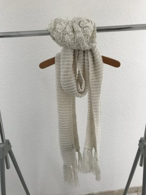 Schal und Mütze in weiß - sehr warm
