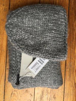 Schal und Mütze von Cos - neu