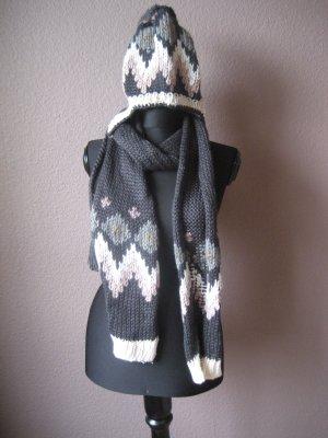 Schal und Mütze von Kaffe