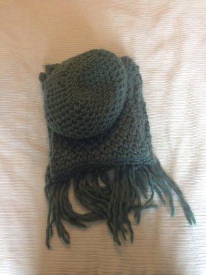 Schal und Mütze von Pimkie