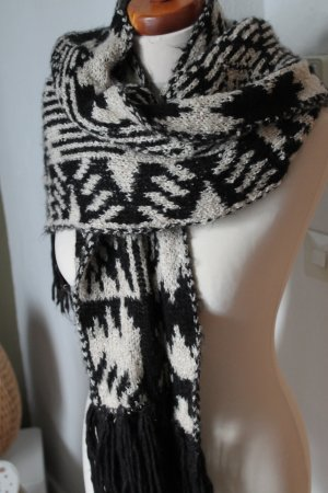 Urban Outfitters Fringed Scarf black-white