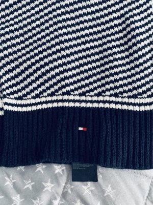 Tommy Hilfiger Sciarpa lavorata a maglia bianco-blu scuro