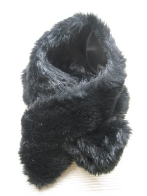 Avanti Scarf black fake fur