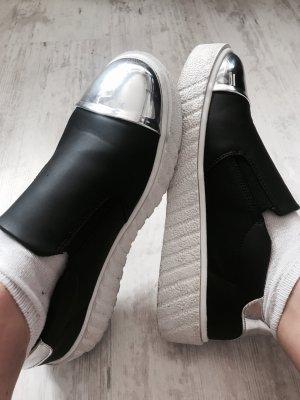 Schick sportlicher Schuh