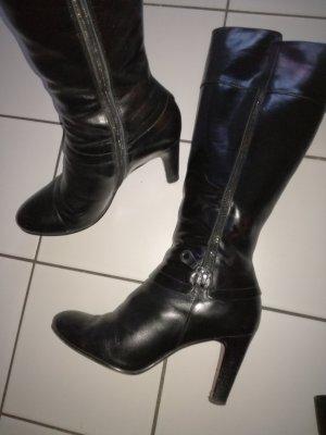 Schicke Absatz-Leder-Stiefel von Belmondo