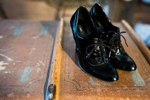 Schicke Ankle Boots / Schnür-Stiefeletten von ZARA, schwarz, Gr. 39, High Heels zum Schnüren