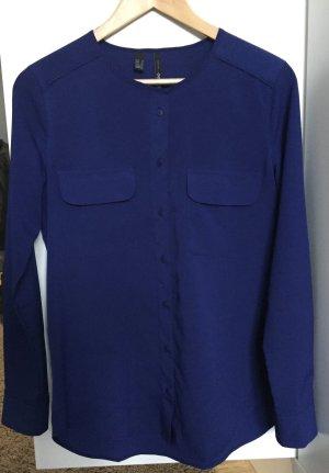 Schicke blaue Bluse von Mango