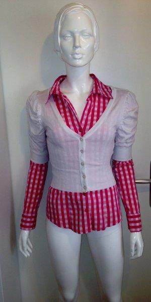Schicke Bluse mit passender Strickjacke