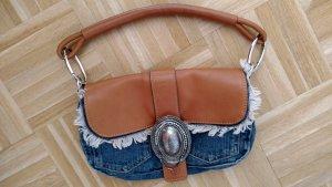 Schicke BOGNER Jeans Tasche mit interessanter Schliesse mit Glitzersteinchen.