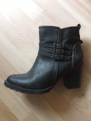 Schicke Boots