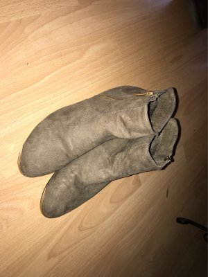 schicke Boots in gutem Zustand