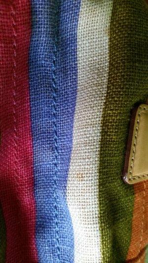 Schicke, bunte Tasche von der Marke Coach