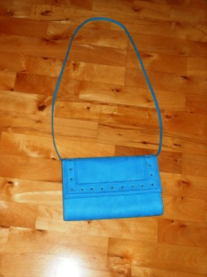 Schicke Clutch in tollem Blau!