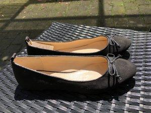 Schicke Esprit Damen Ballerina Gr. 39 (neu!)