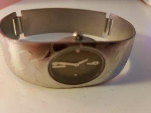 schicke Esprit Uhr mit grünem Zifferblatt