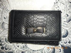 C. Valentino Wallet black