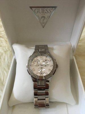 Schicke Guess Armbanduhr