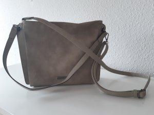Schicke, helle Tasche