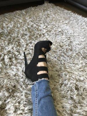 Schicke High Heels mit Riemchen- NEU- ASOS-