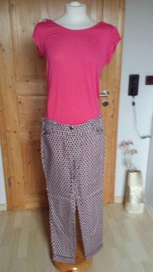 Schicke Hose in tollem Muster ideal für den Urlaub