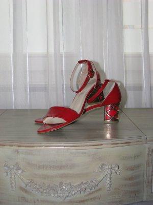 schicke italienische Sandalen