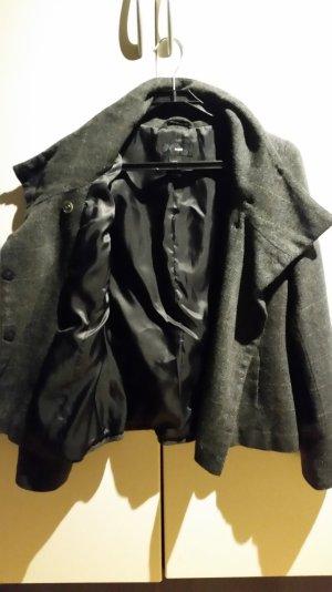 schicke Jacke kaum getragen