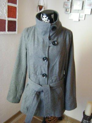 Schicke Jacke Only Gr. 42