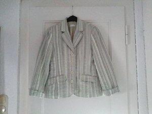 Schicke Jacke zu verkaufen.