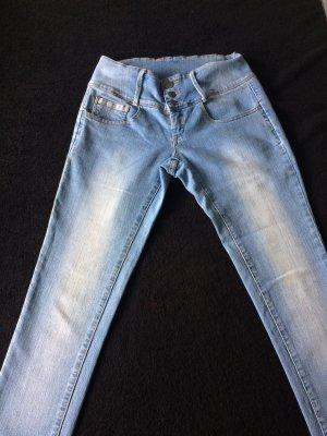Schicke Jeans Größe M/L