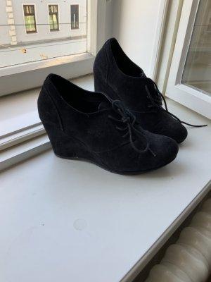 Schicke Keilabsatz Schuhe