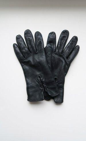 schicke Lederhandschuhe mit schönem Detail