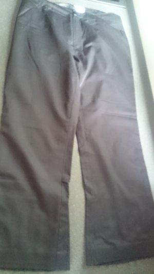 Schicke leichte Hose im Spanisch Style in Größe 40