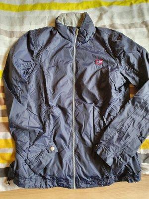 Schicke leichte Jacke