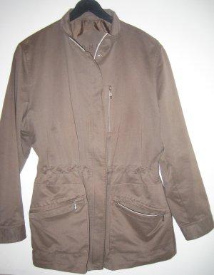 Schicke leichte Jacke von Bonita
