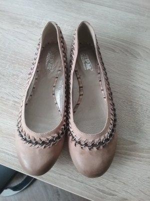 Schicke neue Schuhe im Stella Style